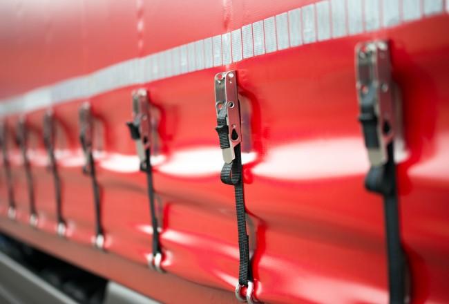 Sicherheitsspanner an einem Lastkraftwagen